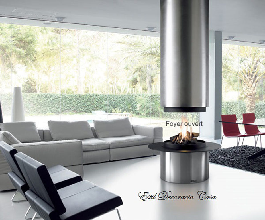 chemin e 09 centrale ronde avec sa hotte suspendue ou foyer ferm fonctionnant au bois. Black Bedroom Furniture Sets. Home Design Ideas